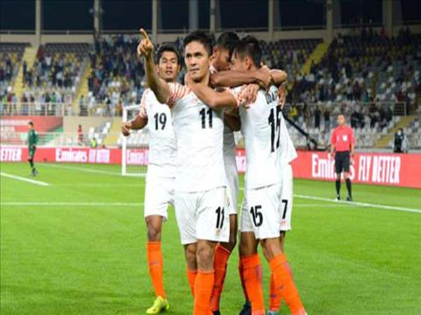 Dư âm Thái Lan 1-4 Ấn Độ