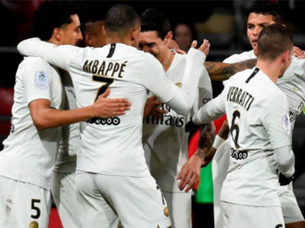 Mbappe bám sát Messi trong cuộc đua tới danh hiệu chiếc giày vàng