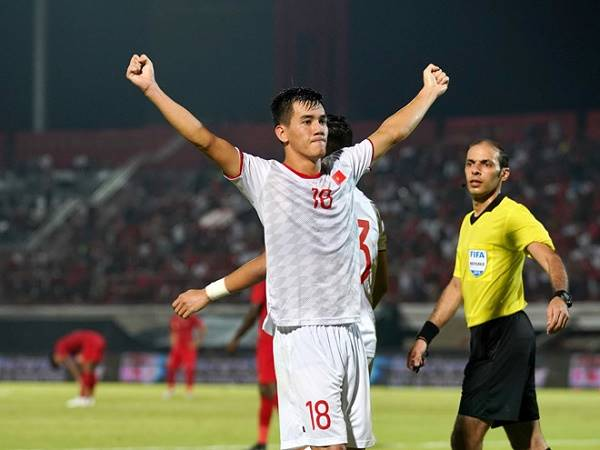 Truyền thông châu Á hết lời khen ngợi cầu thủ U22 Việt Nam lập hat-trick