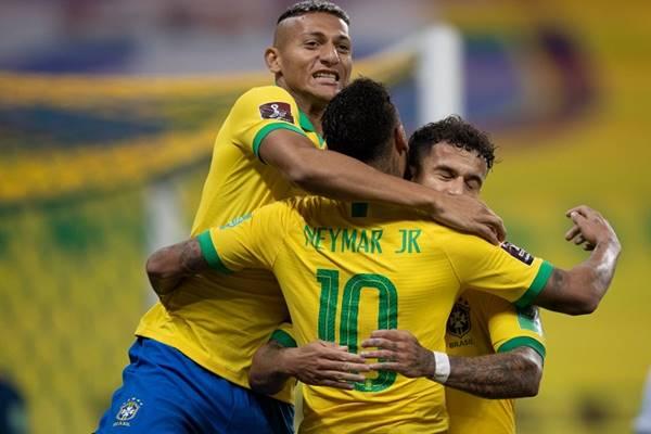 tin-bong-da-10-10-neymar-tro-thanh-vua-kien-tao-o-vong-loai-world-cup