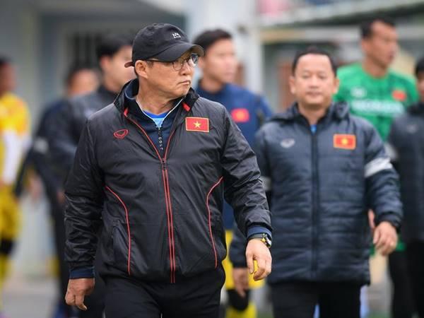 Tin thể thao 1/9: Tuyển Việt Nam họp chiến thuật trước trận đấu Ả Rập